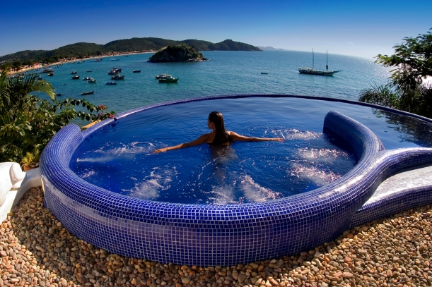 Vila d'este pool