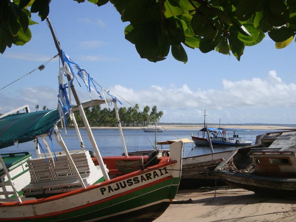 boats-in-boipeba-hiddenpousadas